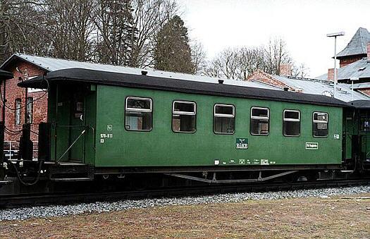 Wagen 970-811 als Rekowagen in Putbus