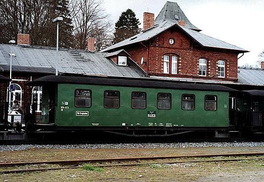 Wagen 970-825 als Rekowagen in Putbus