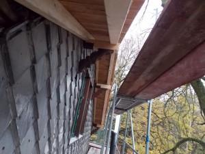 Unterkante Dach Hausseite
